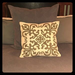 Southern living accent pillow